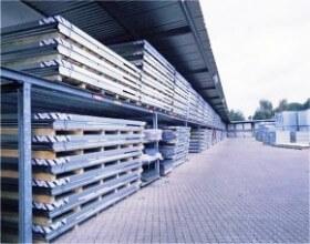 Stockage à plat des constructions modulaires en kit